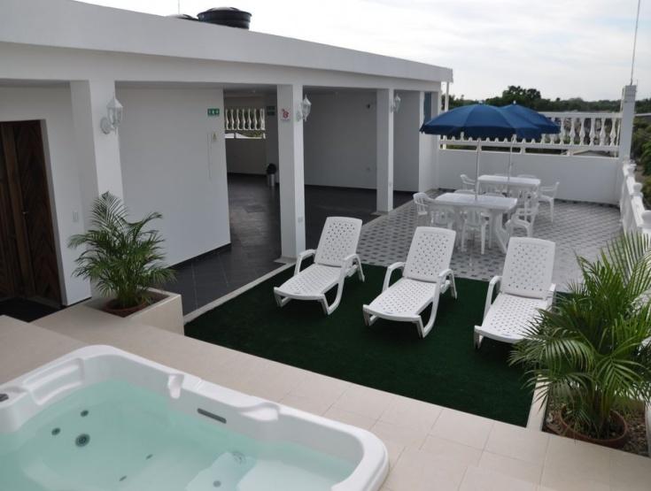 hotel-arauca-capital-terraza-piscina