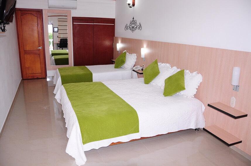 hotel-verano-plaza-habitacion-dos-camas